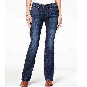 🦙 Lucky Brand Sweet Boot Cut Jeans
